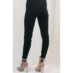 Jeans - The BEST Skinny Jeans You'll Ever Find!